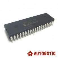 DIP-40 Integrated Circuit IC (PIC18F4580-I/P) 8 Bit Microcontroller